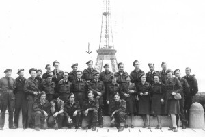 HOZ - Alvin McDonald  others presumably at Eiffel Tower in France